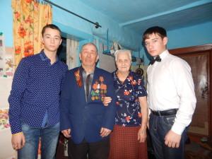 Желтухин с волонтерами_Гурьевский район